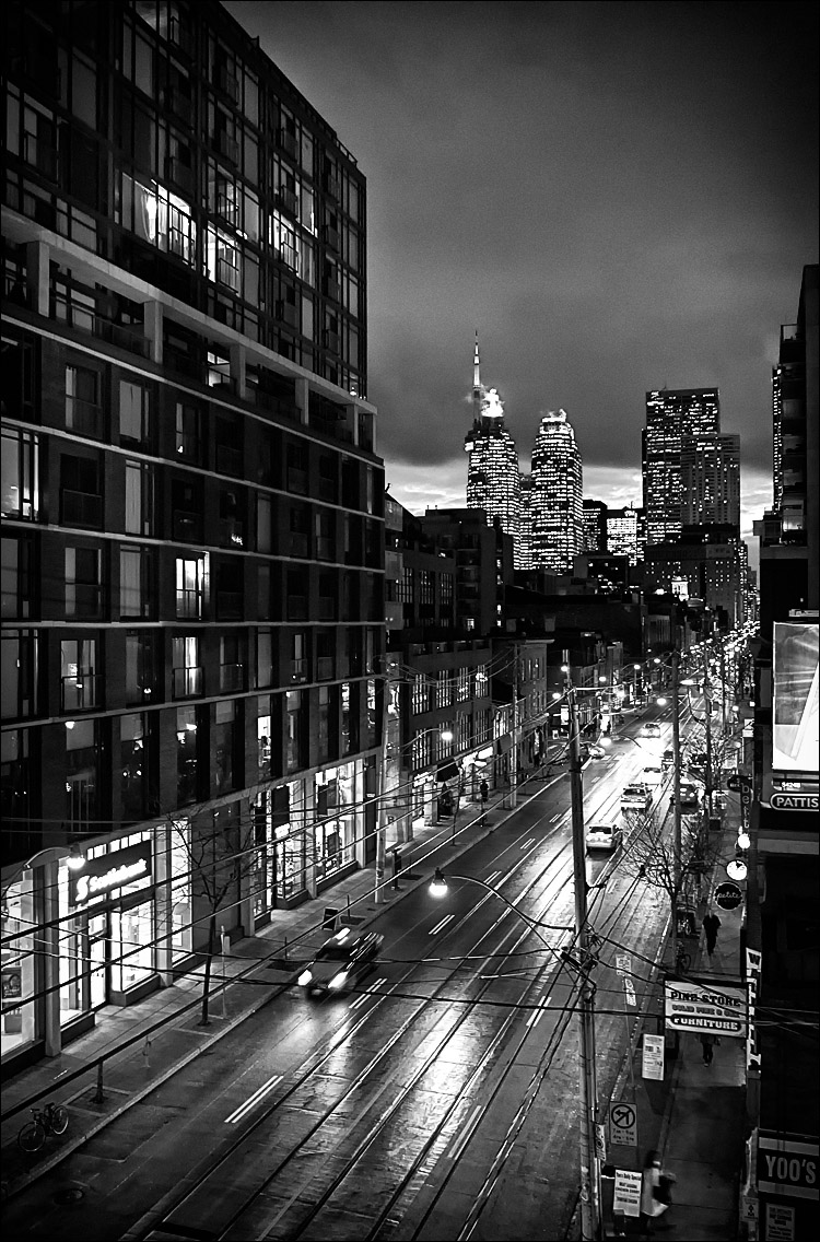 King-princess_night_deck_downtown_bw