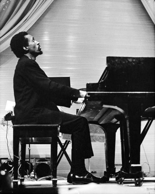 Julius-Eastman-performing-Piano-Pieces-I-IV_1968_Digital-Collections-SUNY-Buffalo_479