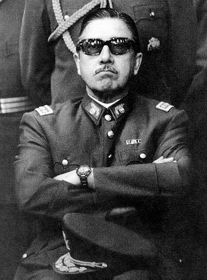 Pinochet_sunglasses